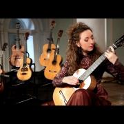 Играю на гитаре Антонио де Торреса 1864 г. в Рахманиновском зале МГК им. П.И. Чайковского.